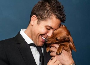 Fredrik Eklund and his best friend; photo by Rich Caplan